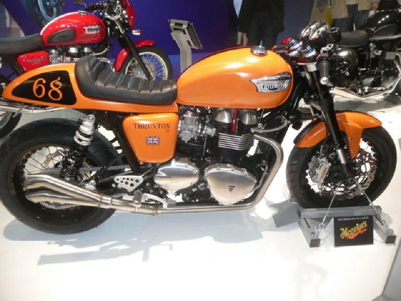 Salon de la moto for Garage moto poitiers