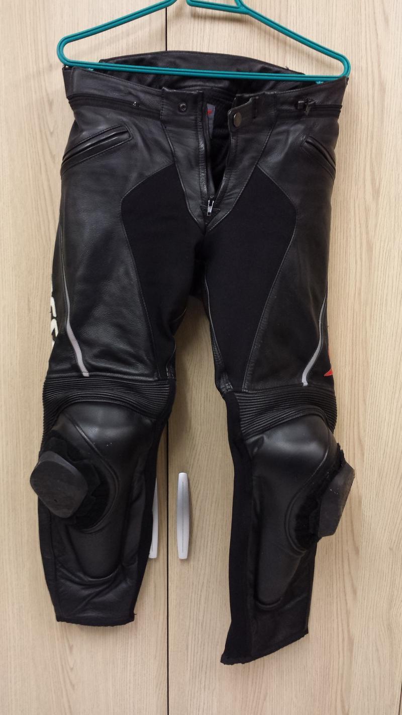 vends pantalon cuir dainese delta pro c2 ducati mania. Black Bedroom Furniture Sets. Home Design Ideas