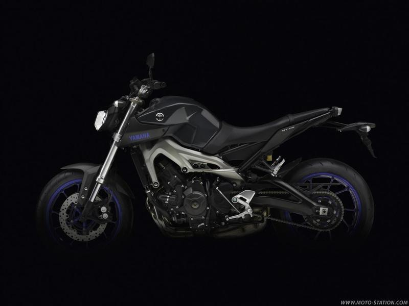 Yamaha Dark Side MT-09 850cc Naked Triple