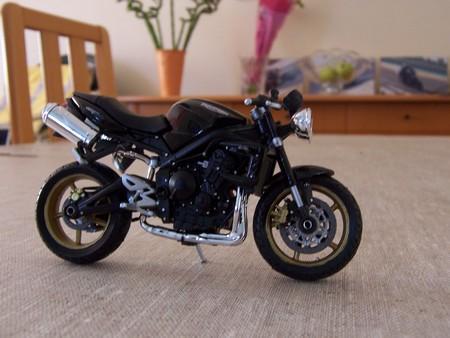 Triumph Street Triple 675  Page : 227  Triumph  Motos (Essais, achats,